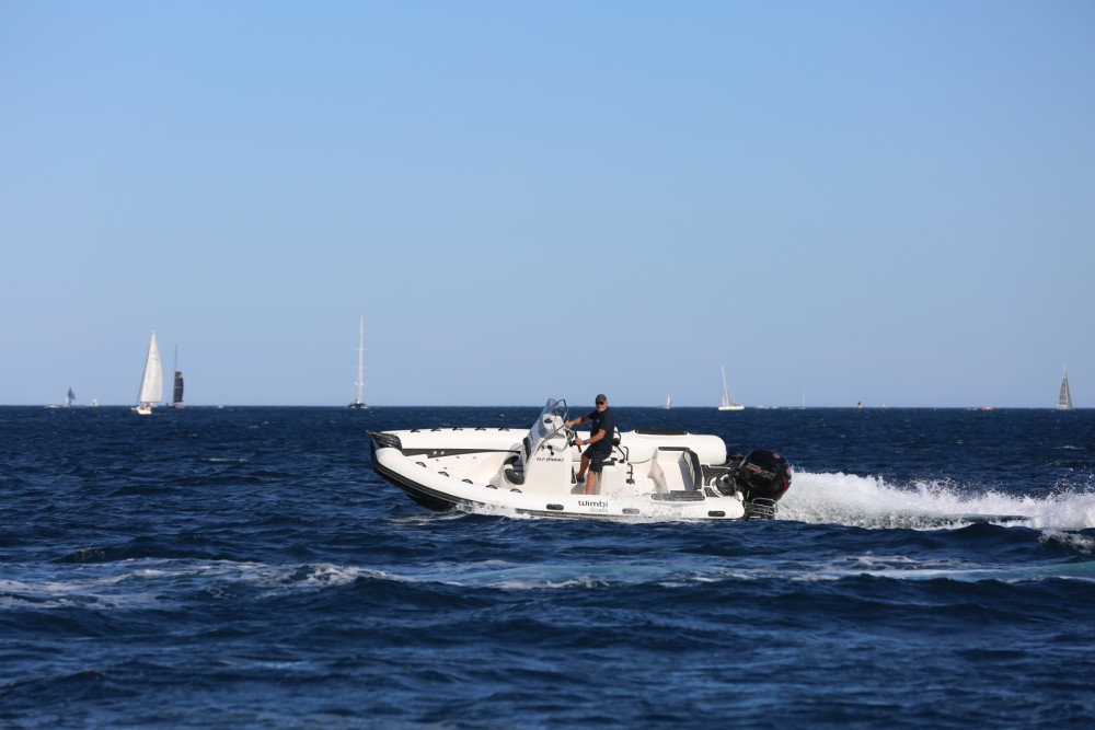 Rent a Wimbi Boats W6 Grimaud