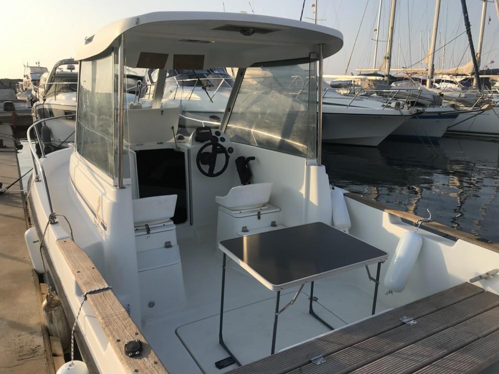 Rental yacht Carqueiranne - Bénéteau Antares 600 HB on SamBoat