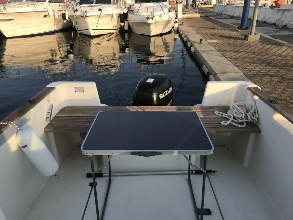 Boat rental Carqueiranne cheap Antares 600 HB