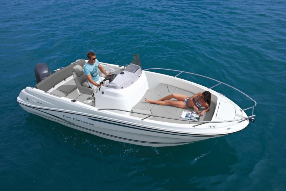 Motorboat for rent es Mercadal at the best price