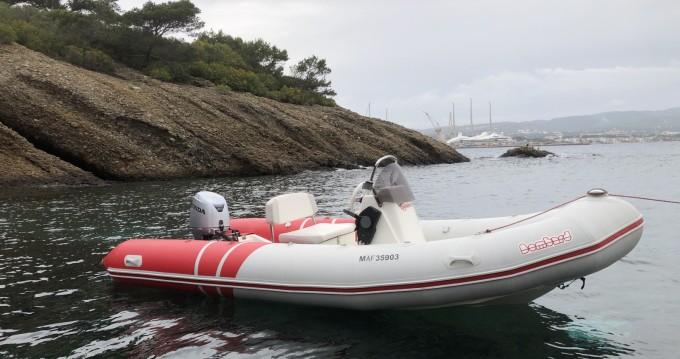 Boat rental La Ciotat cheap Bombster Confort