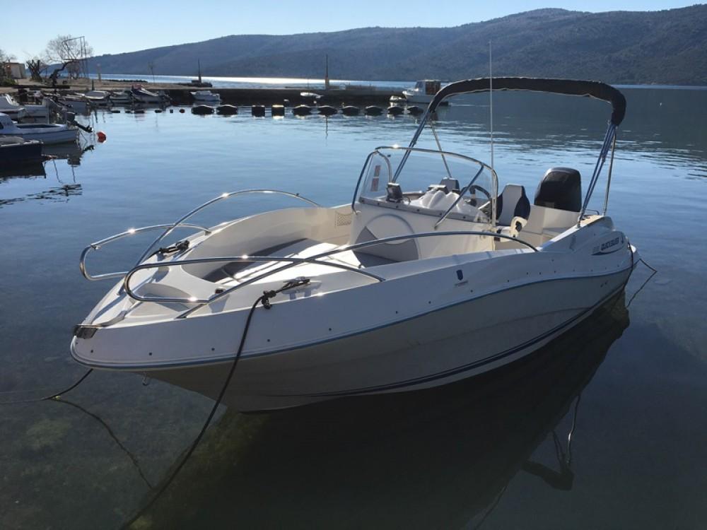 Rental Motorboat in Trogir - Quicksilver Quicksilver 635 Commander