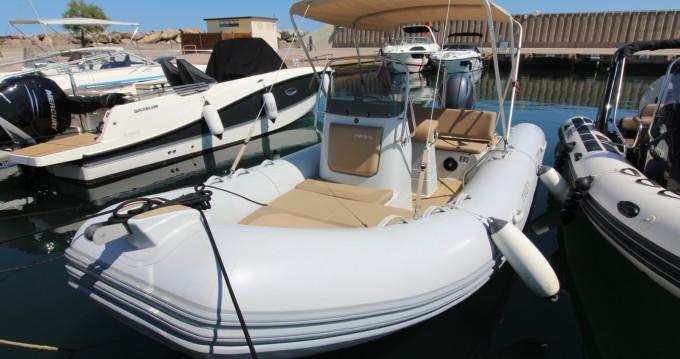 Boat rental Zodiac Medline 580 in Sainte-Maxime on Samboat