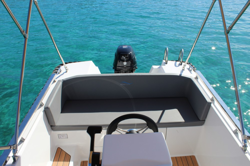 Boat rental Calvià cheap Sylver 495