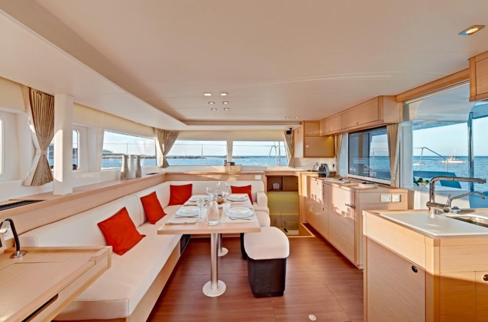 Boat rental Portocolom cheap Lagoon 450 F - 4 + 2 cab.