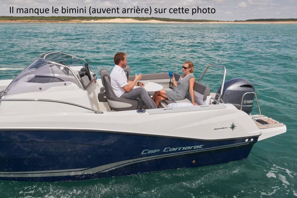 Rental Motorboat in Le Grau-du-Roi - Jeanneau Cap Camarat 7.5 WA Serie 2