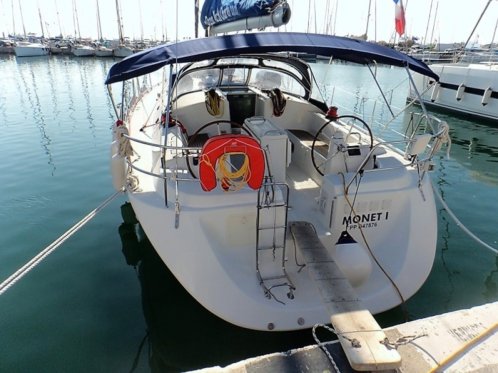 Boat rental Athens cheap Harmony 52