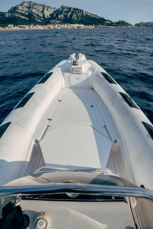 Boat rental Marseille cheap Cayman 23