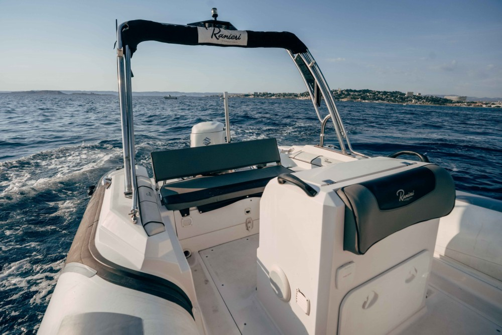 Ranieri Cayman 23 between personal and professional Marseille