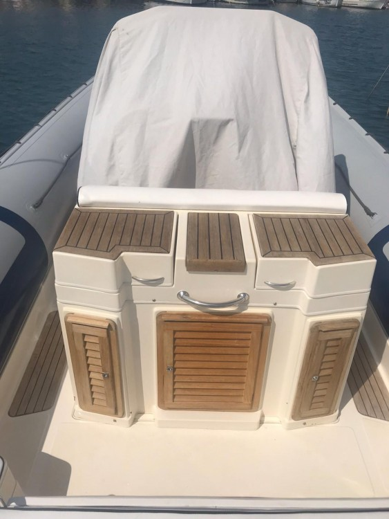 Boat rental Joker Boat Clubman 28 in Rome on Samboat