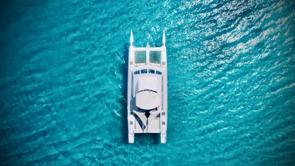 Catamaran Modèle unique between personal and professional Cogolin