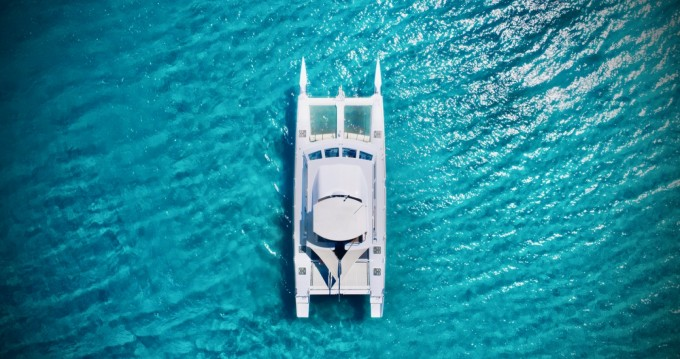 Hire Motorboat with or without skipper Catamaran Cogolin