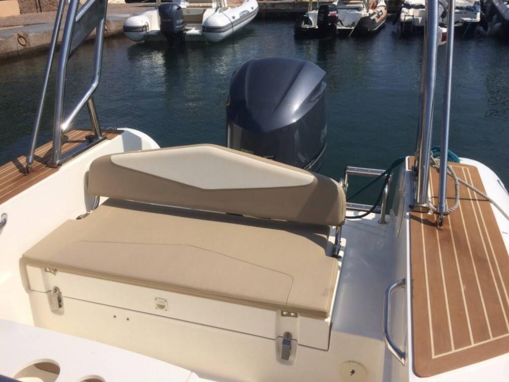 Boat rental Saint-Florent cheap Tempest 700