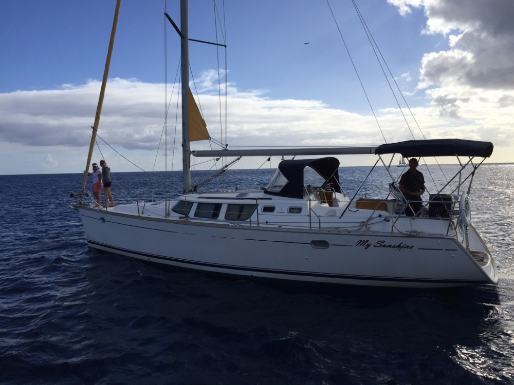 Jeanneau Sun Odyssey 43 DS between personal and professional Honolulu