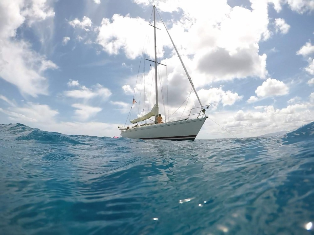 Hire Sailboat with or without skipper Jeanneau Honolulu