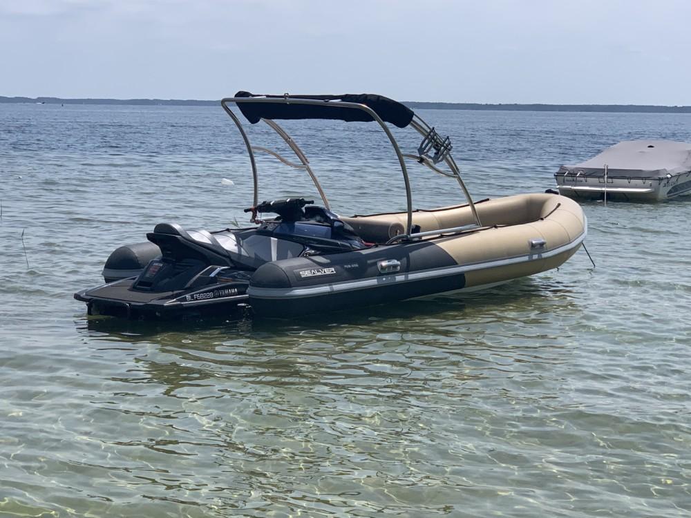 Boat rental Sealver Sealver WB 626 in Arcachon on Samboat