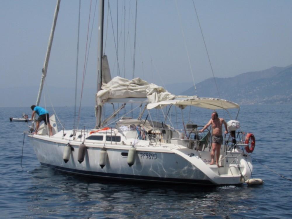 Rental yacht Gênes - Catalina Yachts Catalina 42 on SamBoat