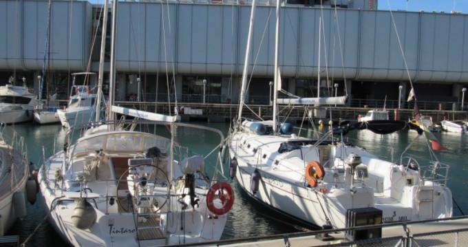 Rental Sailboat in Porto Antico - Bénéteau Cyclades 43.3