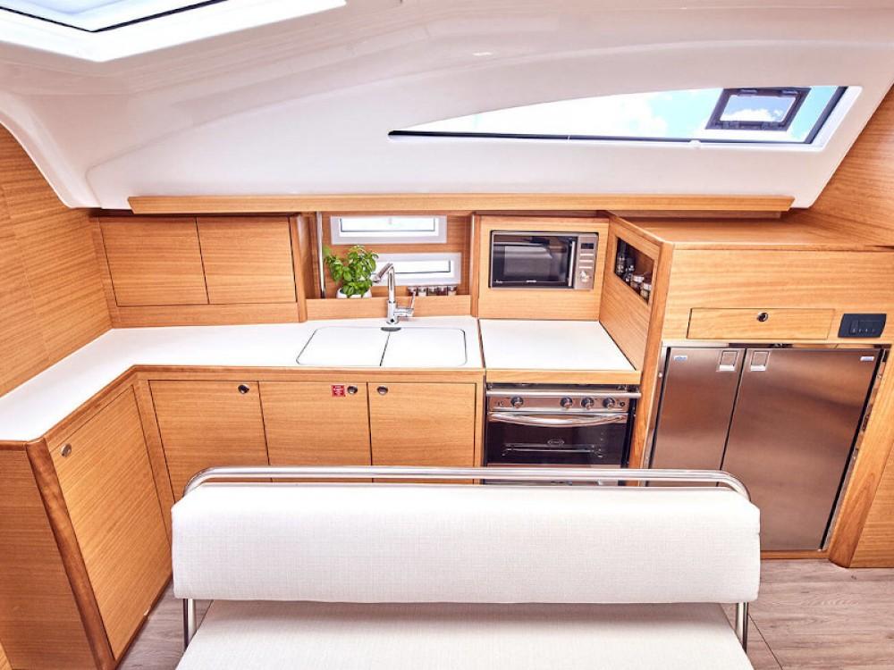 Rental yacht  - Elan Elan Impression 45.1 on SamBoat