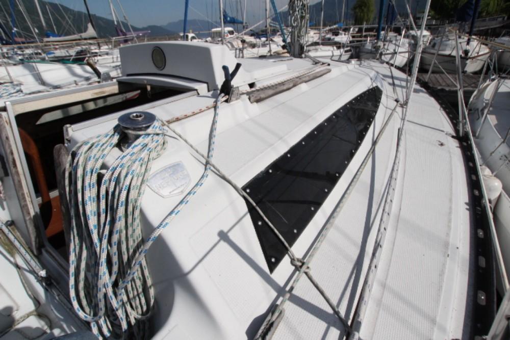 Rental yacht La Seyne-sur-Mer - Neptune Trident 80 on SamBoat