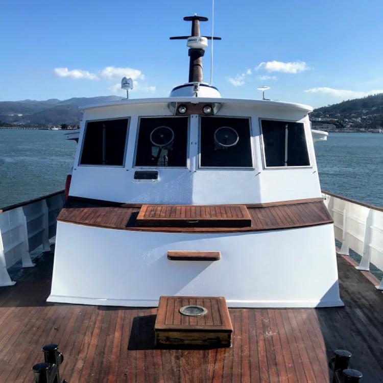 Rental Yacht Dagles with a permit