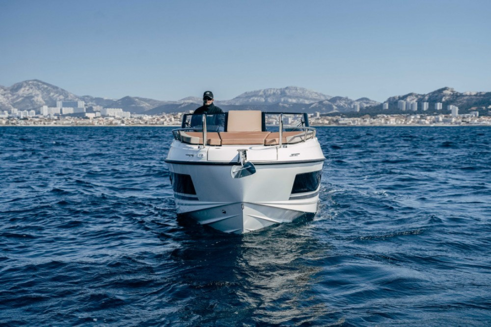 Boat rental Marseille cheap Activ 755 Cruiser