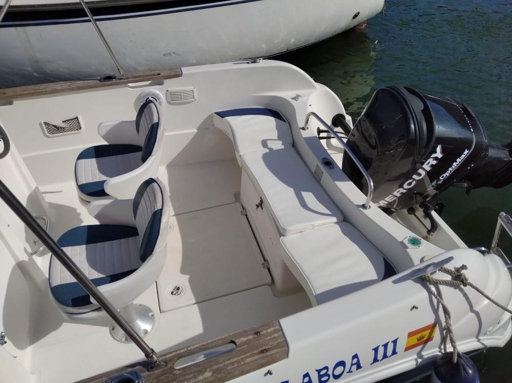 Boat rental Galicia cheap Quicksilver 630 Open