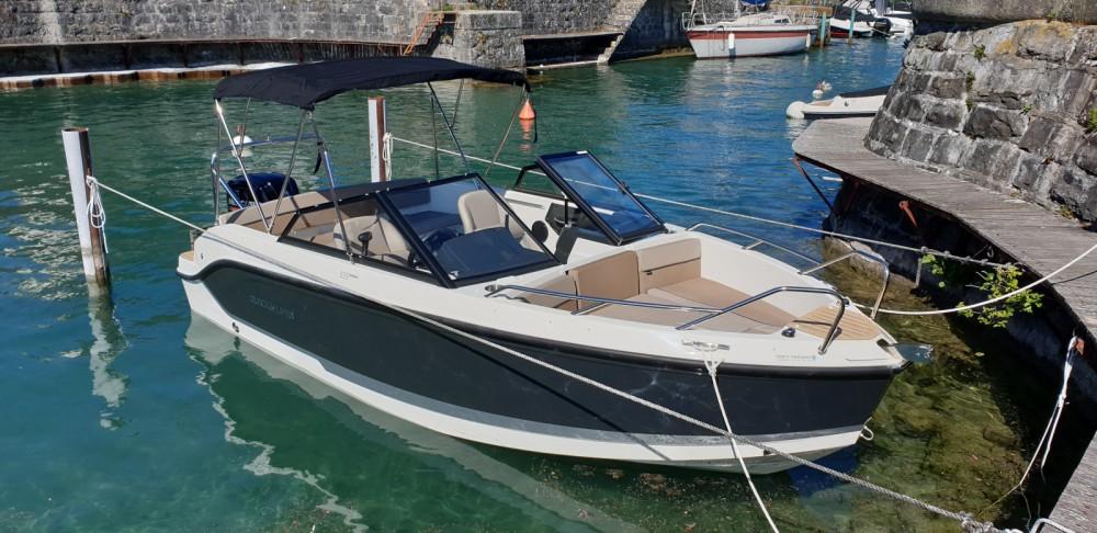 Rent a Quicksilver Activ 555 Bowrider Évian-les-Bains