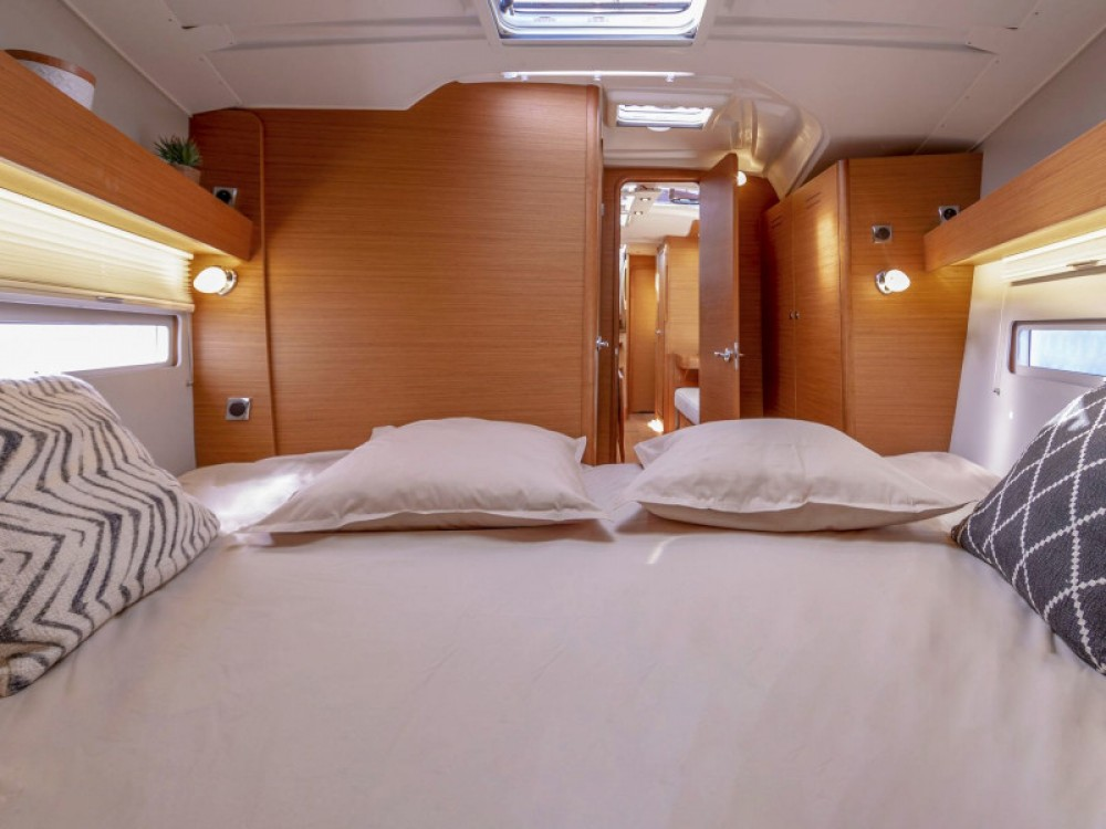Rental yacht Capo d'Orlando - Dufour Dufour 390 Grand Large on SamBoat