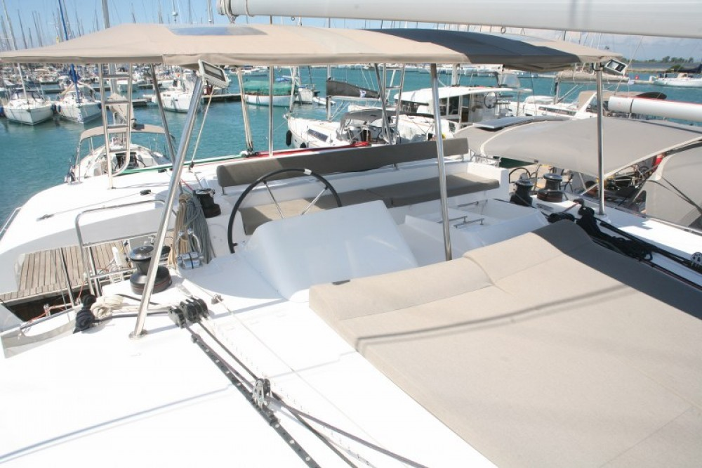 Rental yacht Lefkada - Lagoon Lagoon 450  Flybridge on SamBoat