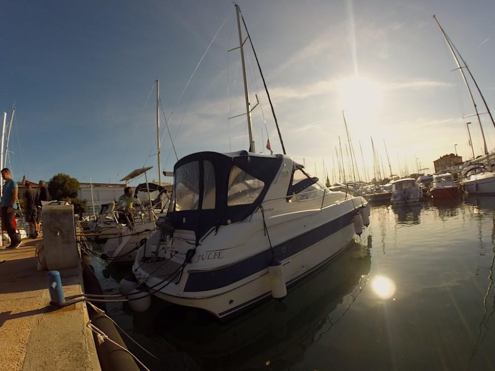 Rental Motorboat in Grad Zadar - Bavaria Bavaria 32 Sport