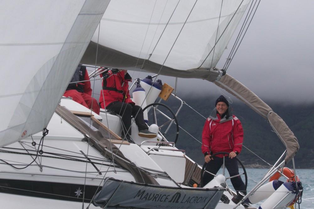 Rental yacht Castiglione della Pescaia - Jeanneau Sun Odyssey 349 on SamBoat