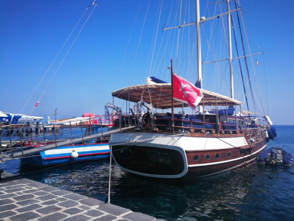 Boat rental  Gelidonya II in  on Samboat