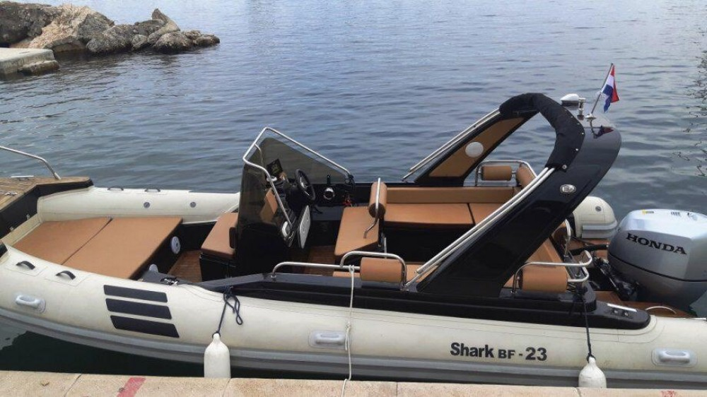 Rental Motorboat in Grad Zadar -  Shark BF 23 Sport