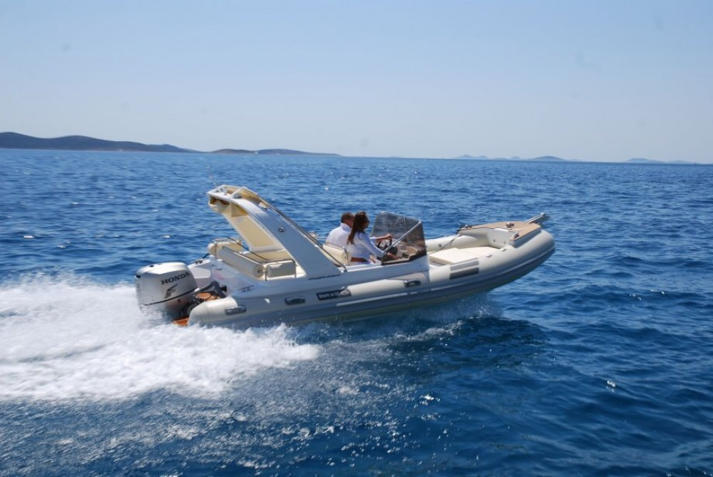 Rental yacht Grad Zadar -  Shark BF 23 Sport on SamBoat