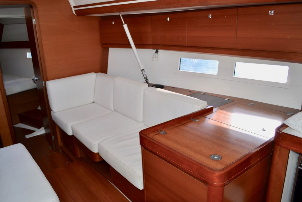 Rental yacht Capo d'Orlando - Dufour Dufour 410 Grand Large on SamBoat