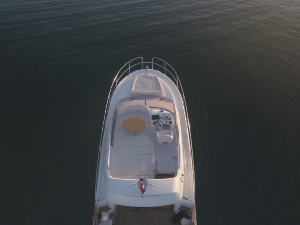 Rental Motor boat in  - Bénéteau Antares 36