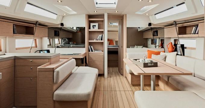 Boat rental Lefkada (Island) cheap Sunsail 51.1