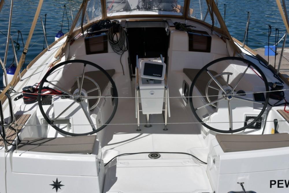 Boat rental Jeanneau Sun Odyssey 389 in Saint-Mandrier-sur-Mer on Samboat