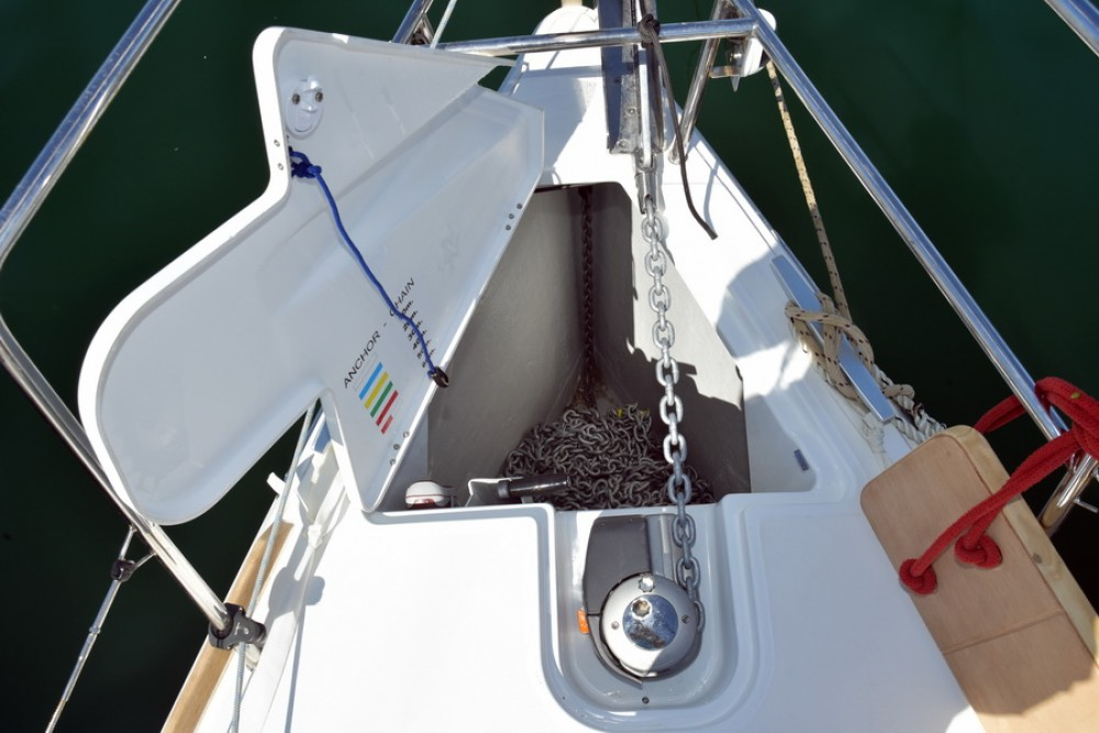 Rental yacht Saint-Mandrier-sur-Mer - Jeanneau Sun Odyssey 389 on SamBoat