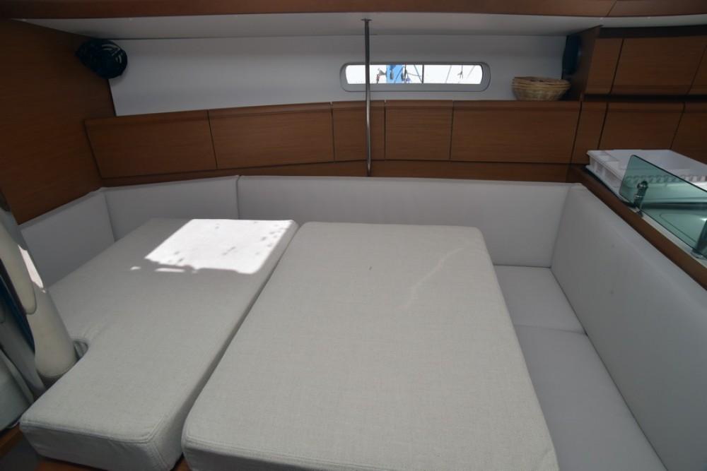 Rent a Jeanneau Sun Odyssey 389 Saint-Mandrier-sur-Mer