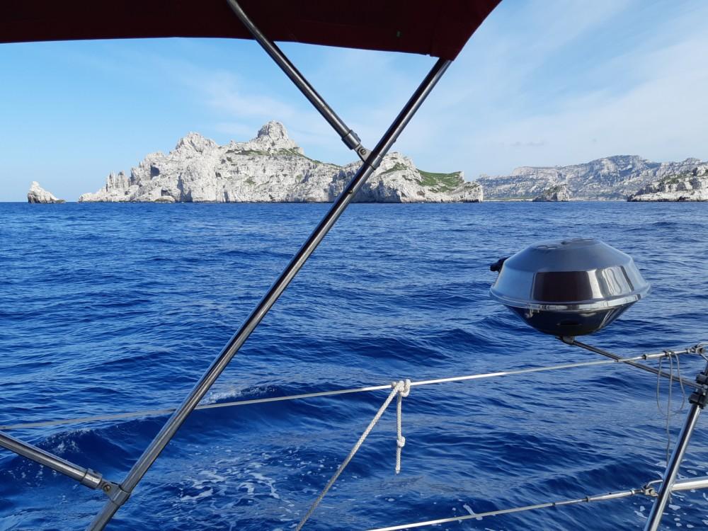 Hire Sailboat with or without skipper Bénéteau Port-de-Bouc