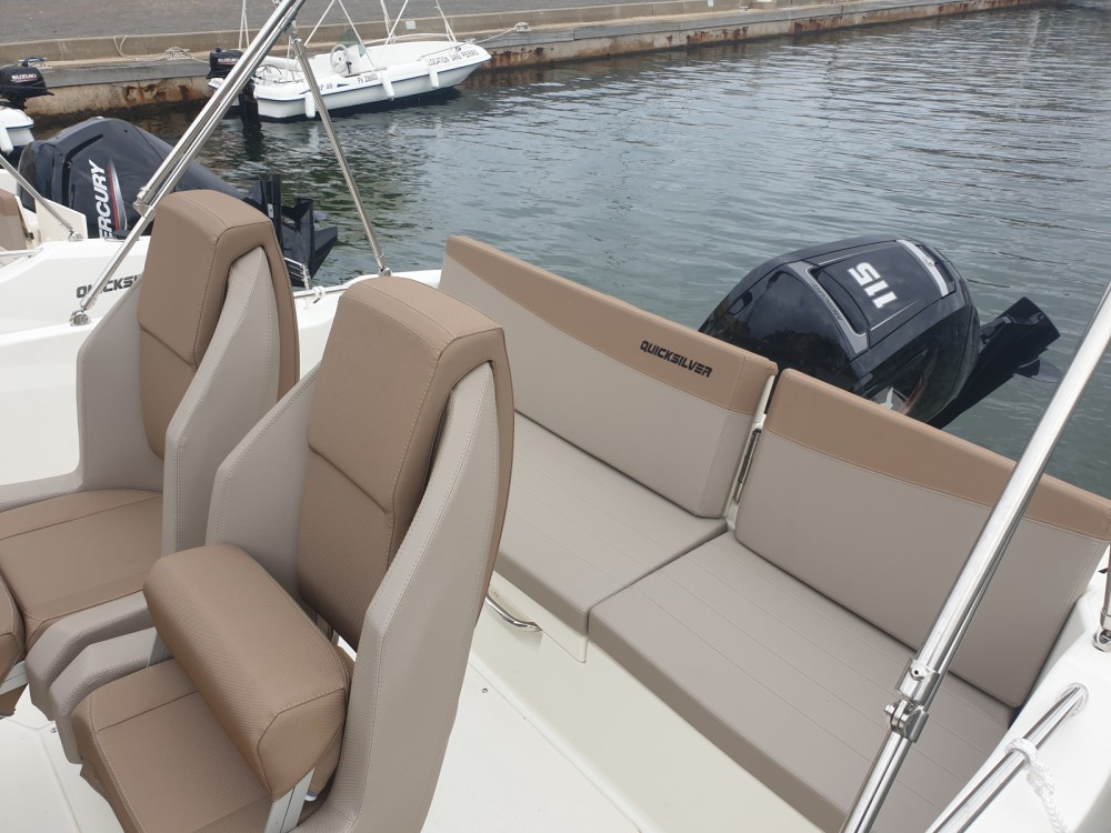 Quicksilver Activ 605 Open between personal and professional Gruissan
