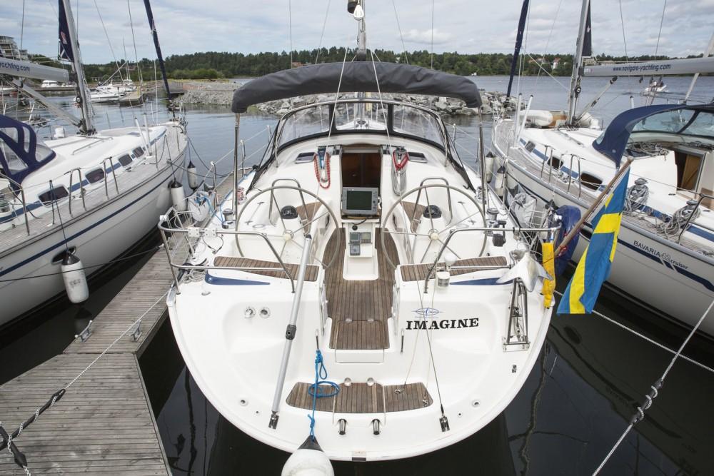 Rental yacht Sweden - Bavaria Cruiser 42 on SamBoat