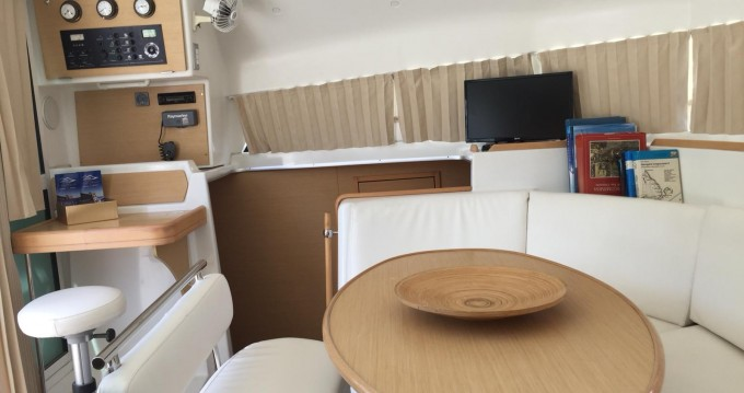 Rental yacht Naples - Lagoon Lagoon 38 on SamBoat