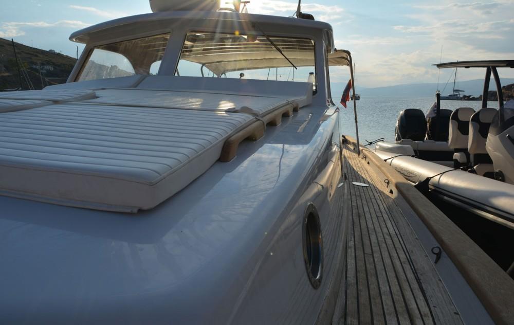 Boat rental Custom Made Lobster 38 in Hydra on Samboat