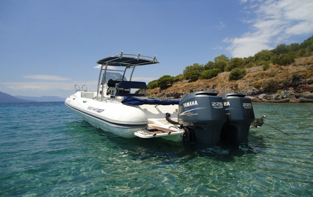 Boat rental Athens cheap Faethon 900