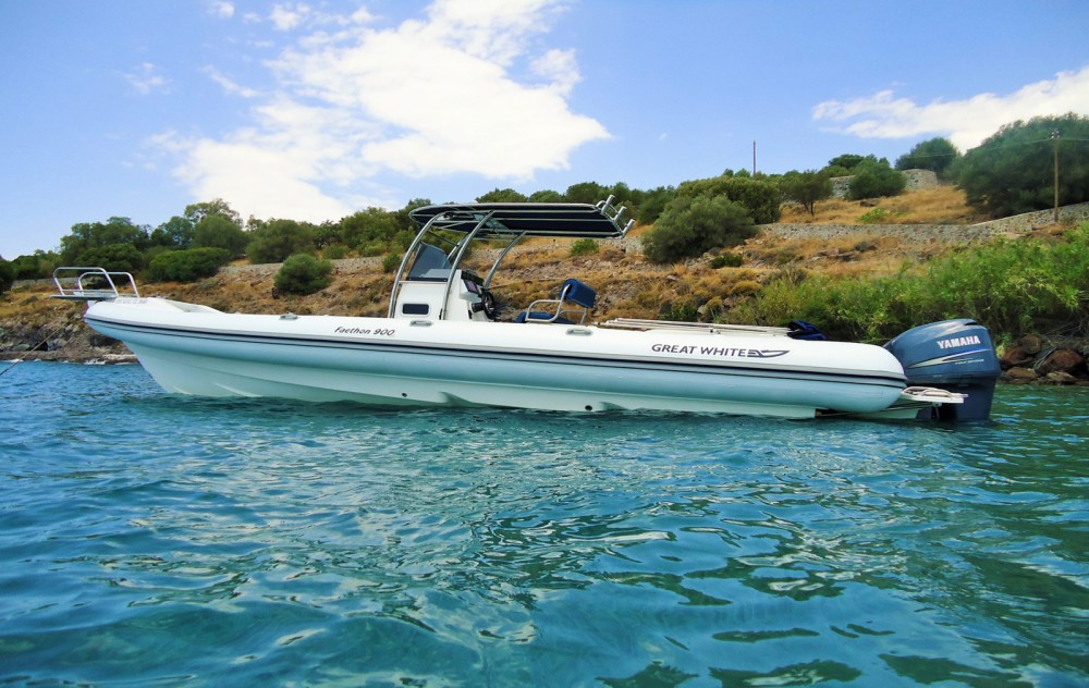Great White Faethon 900 between personal and professional Athens