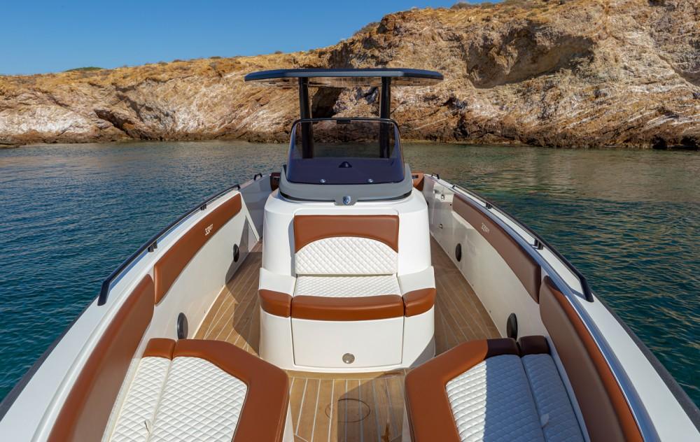 Rental yacht Athens - Magna GT 331 on SamBoat