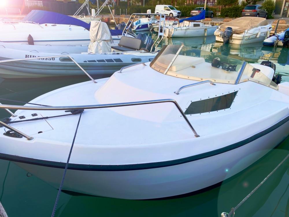Rental yacht Saint-Laurent-du-Var - Balt 450 on SamBoat